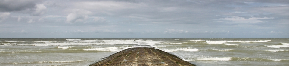 Wave flume for advanced research into the influence of waves on our coastal defences